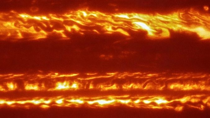 jupiter-infrared-vlt-june-2016-cp-e1467024660379
